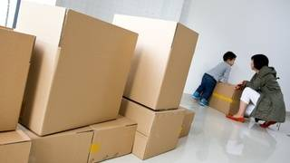 Here's why the difference between moving brokers and moving companies matters