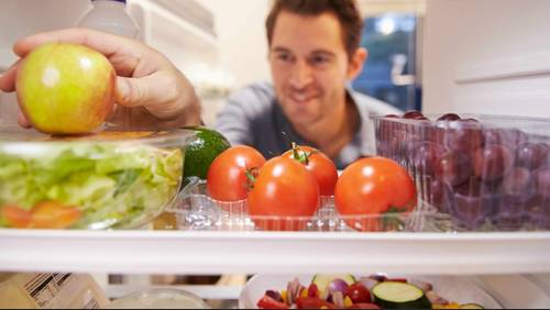 How to store your food the right way and save money