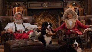 Goldie Hawn and Kurt Russell Pose as Sexy Mr. and Mrs. Claus:&hellip&#x3b;
