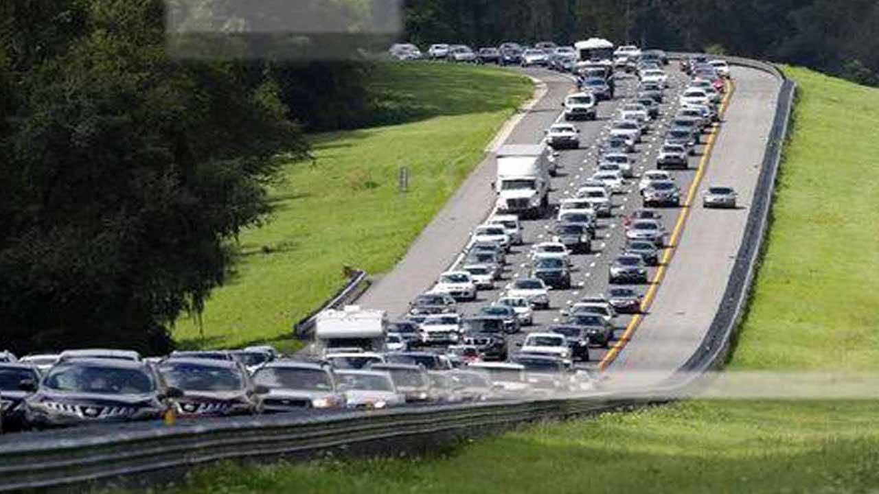 in traffic evacuation ap_1558376295361.jpg.jpg