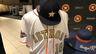 Astros release new 2018 merchandise during 24-hour gold rush