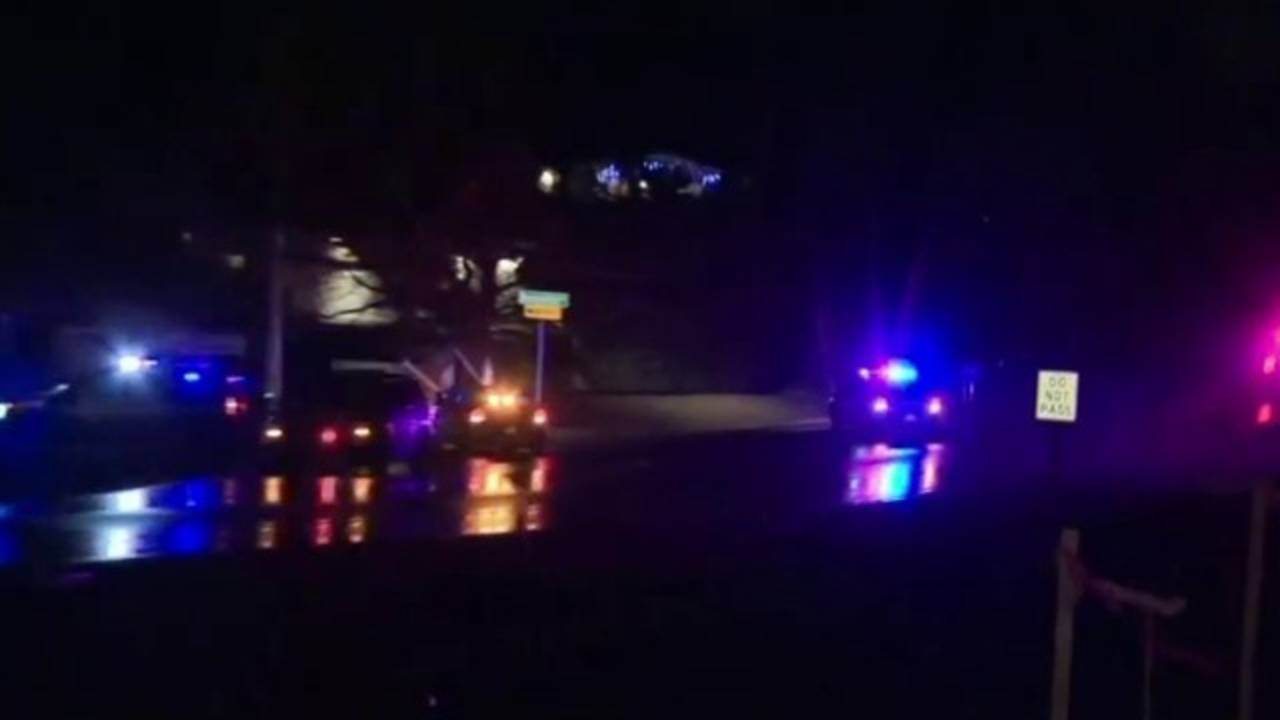 Jewelry heist suspects in custody after chase in Oakland County20190108114638.jpg