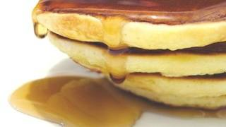 Florida man accused of throwing pancake batter faces battery charge