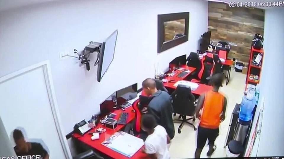 thieves rummaging through auto shop in Pompano Beach