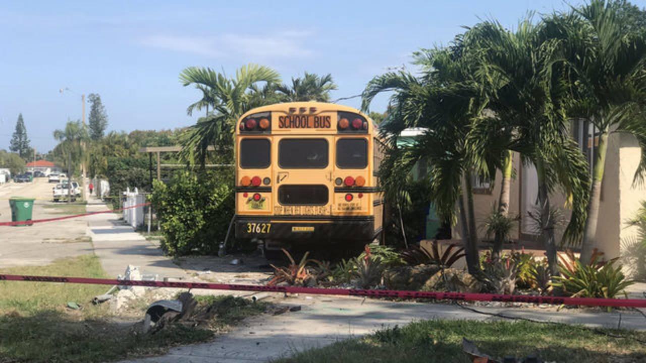 School bus crash in Coral Way 03-12-2019