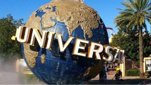 universal orlando hiring workers to fill 3 000 full time and. Black Bedroom Furniture Sets. Home Design Ideas