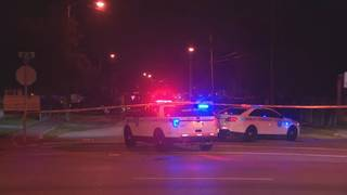 Man shot during robbery in Liberty City, police say