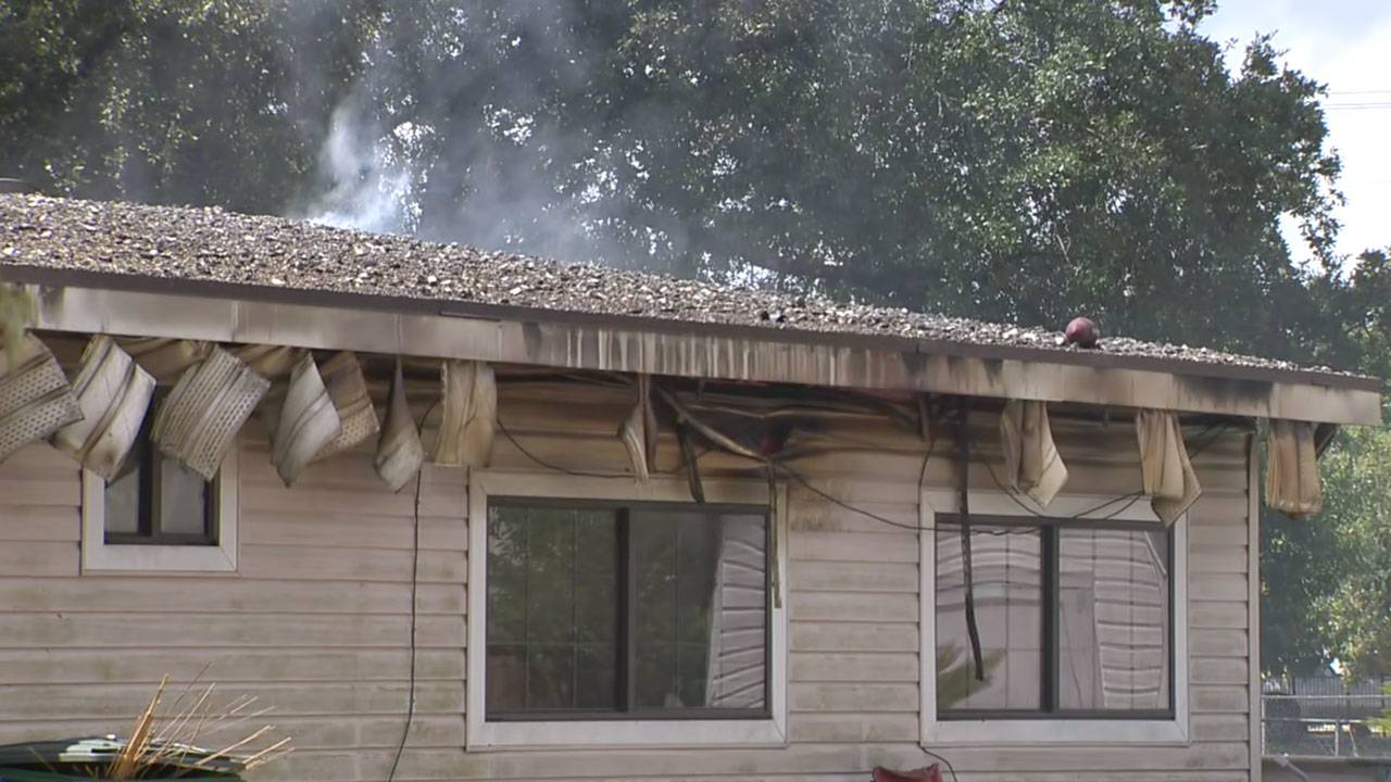 east-side-house-fire-2_1568312527645.jpg
