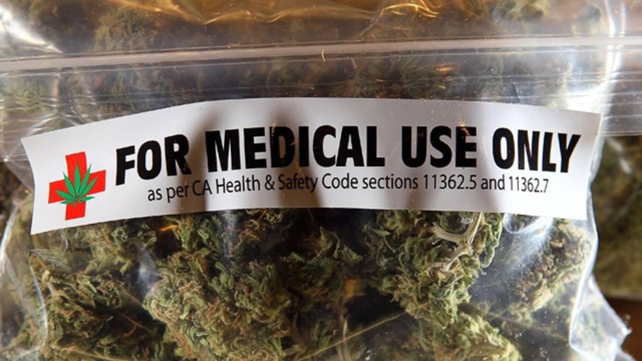 Medical marijuana_19565312