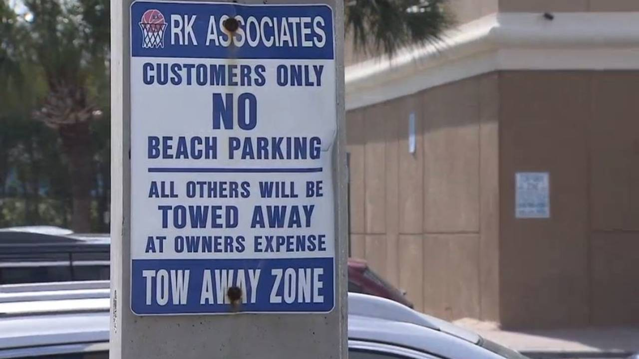tow sign at RK center