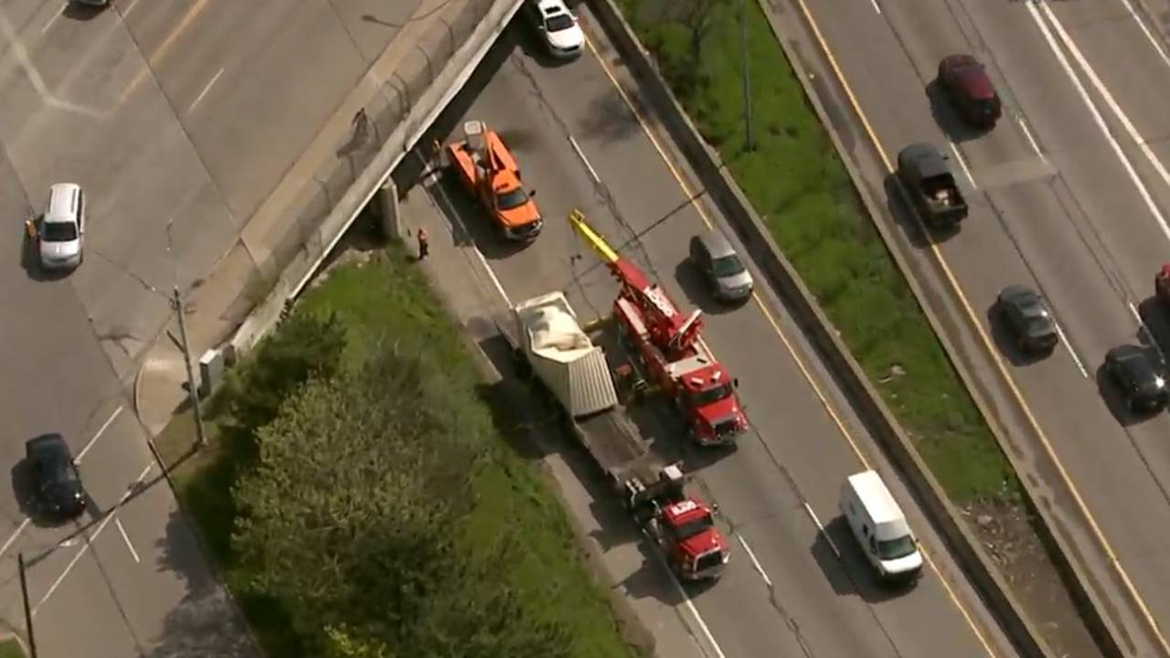 Traffic snarled on westbound I-94 at Warren after truck hits