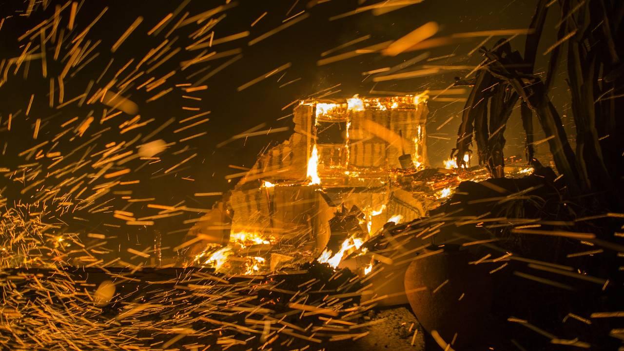 California-fires-10-111118.jpg