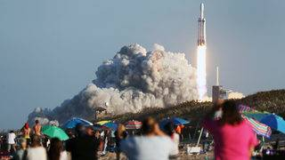 Boeing, SpaceX face challenges in delayed NASA program