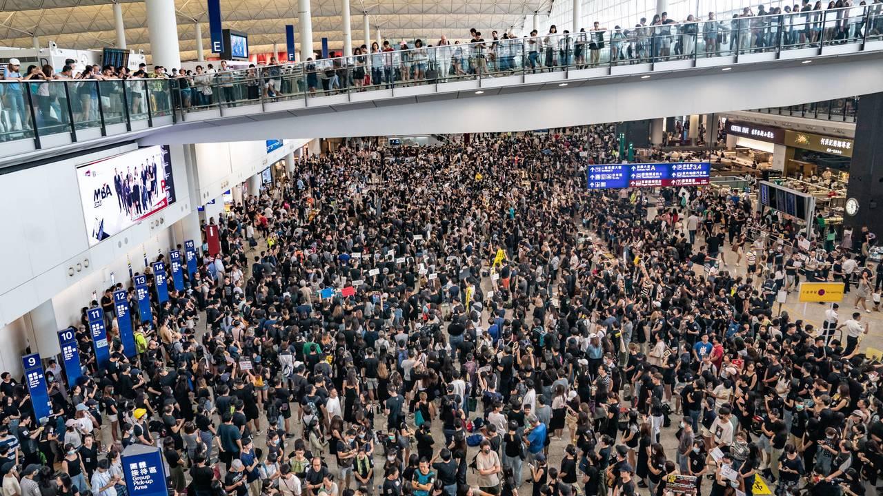 Hong Kong protest 8 Aug 11 201965176276-75042528