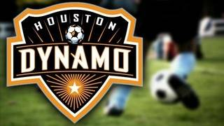 Dynamo score twice in stoppage time for 2-2 tie with LAFC