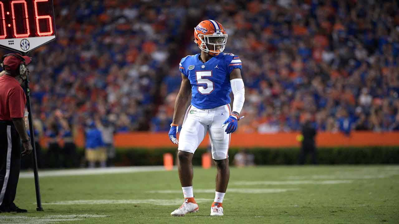 Florida Gators cornerback CJ Henderson lines up vs Charleston Southern in 2018