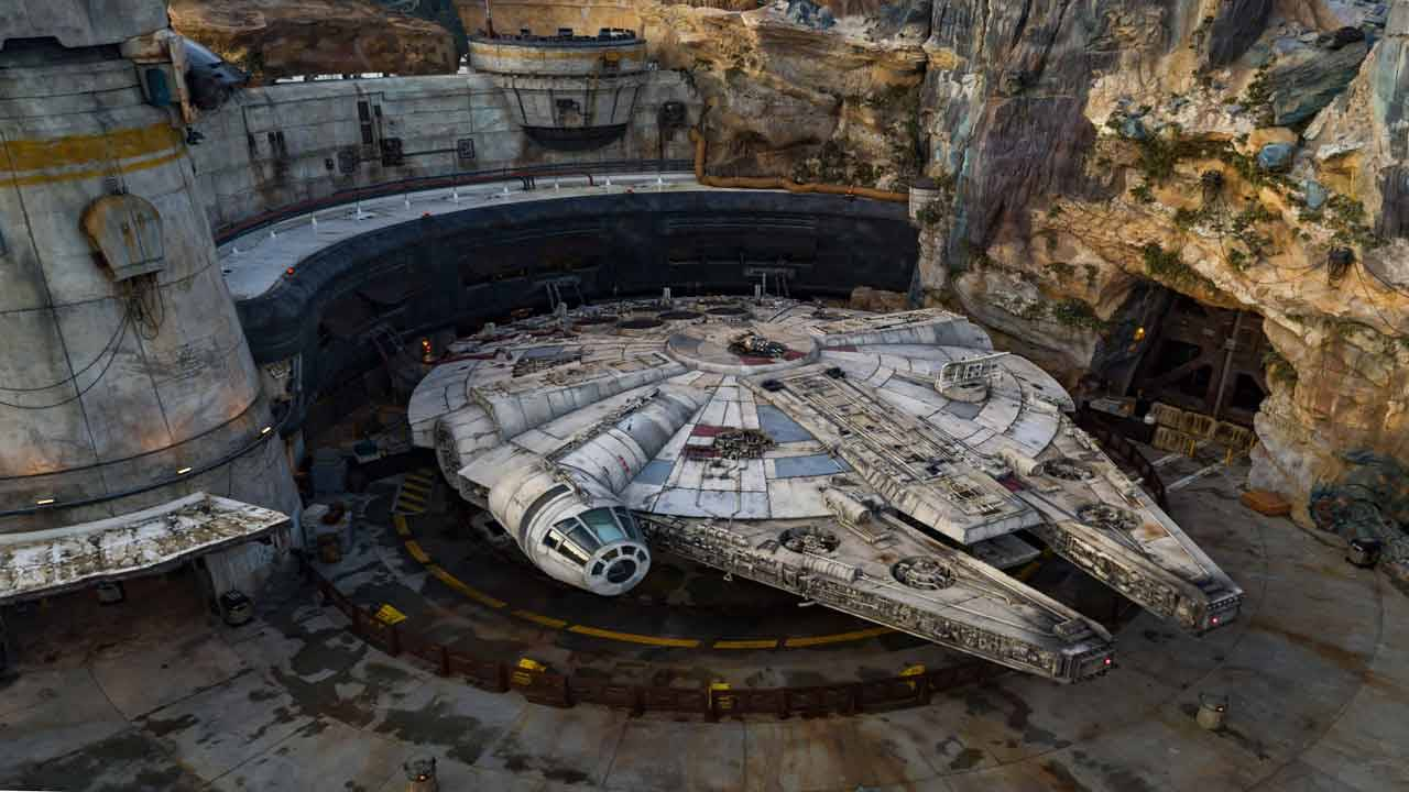 Millenium Falcon at 'Star Wars Galaxy's Edge'