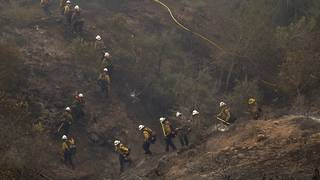 Thomas Fire on course to become California's largest-ever wildfire