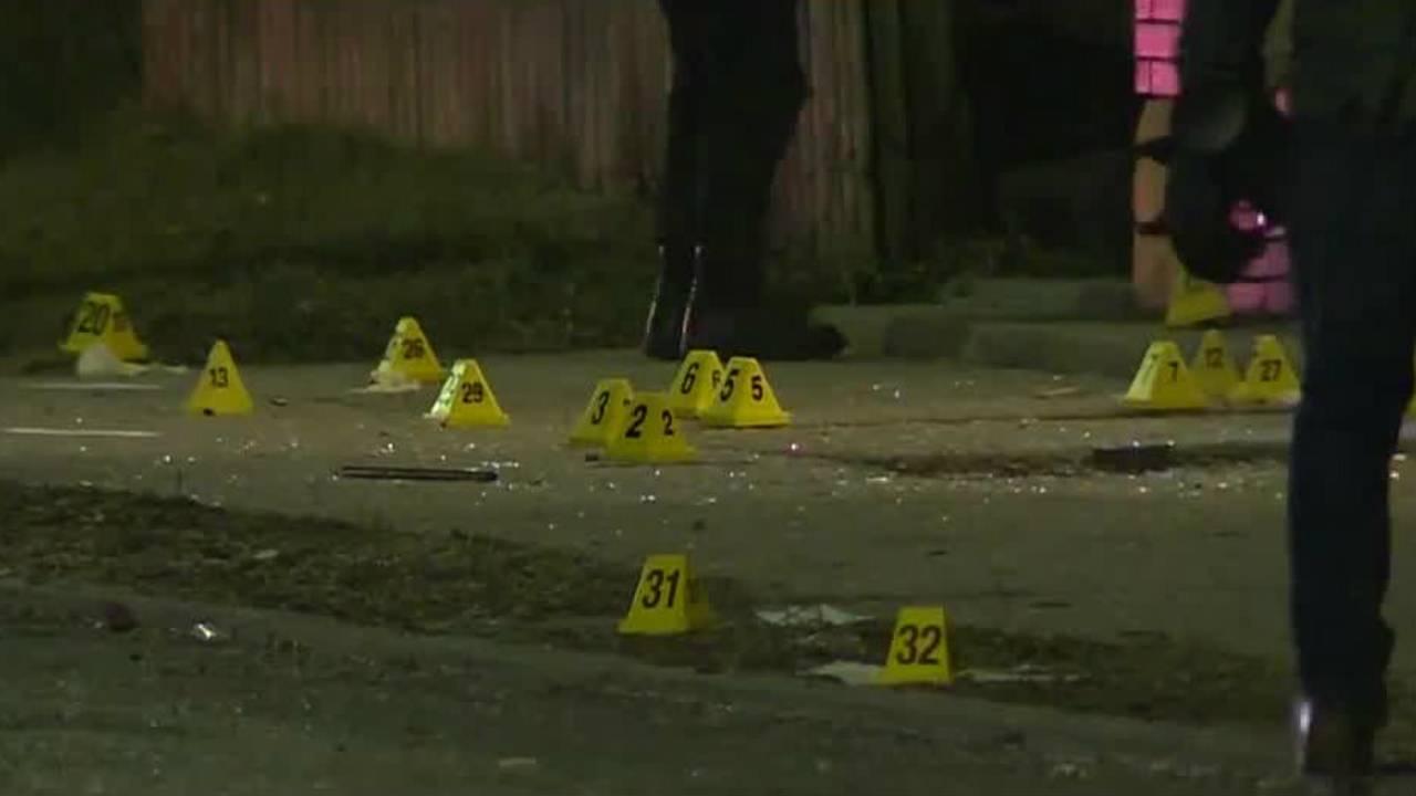 detroit police officer shot_1516879315729.jpg.jpg