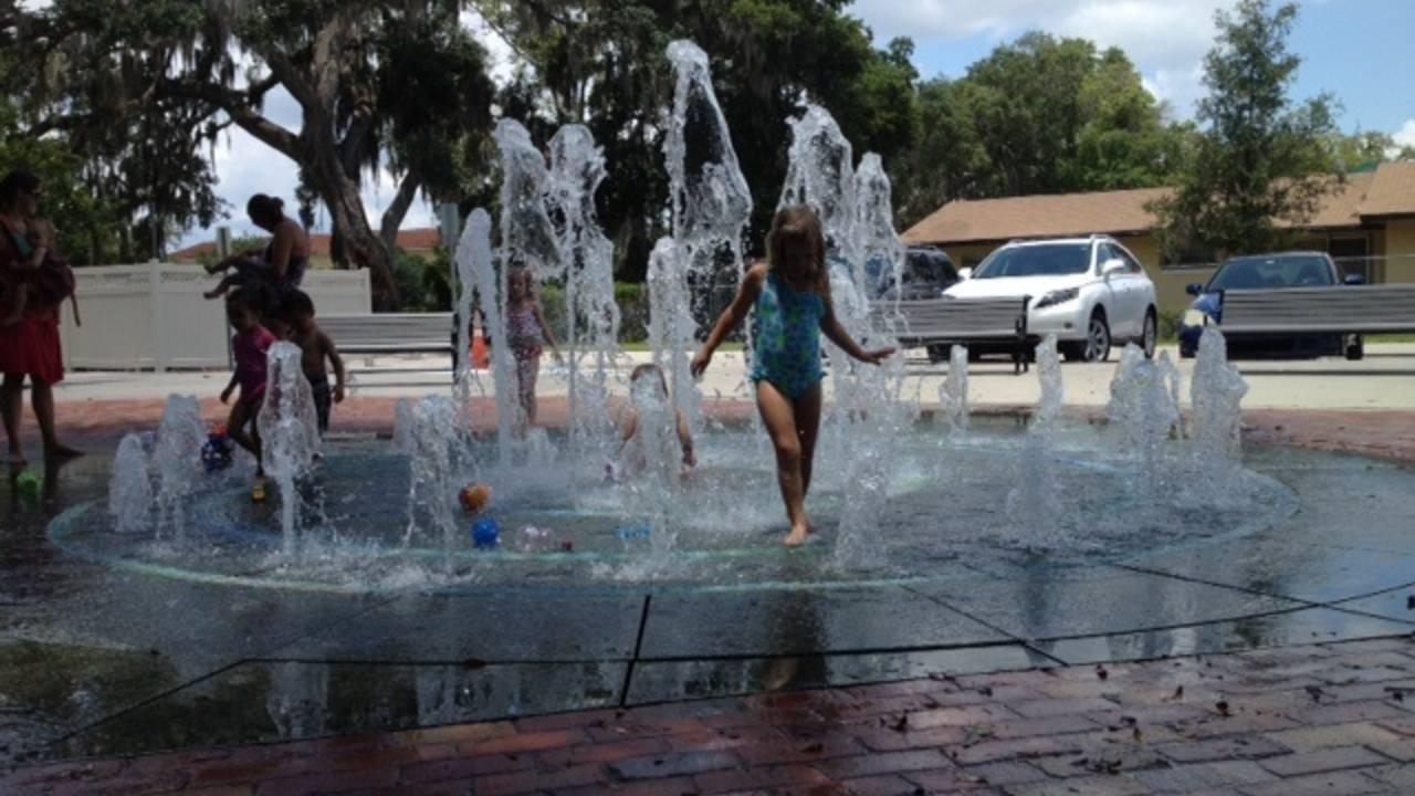 splash pad_20348294