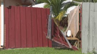 Coral Springs man says police damaged fence while helping family