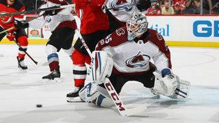 Goalie Jonathan Bernier signs 3-year contract with Red Wings