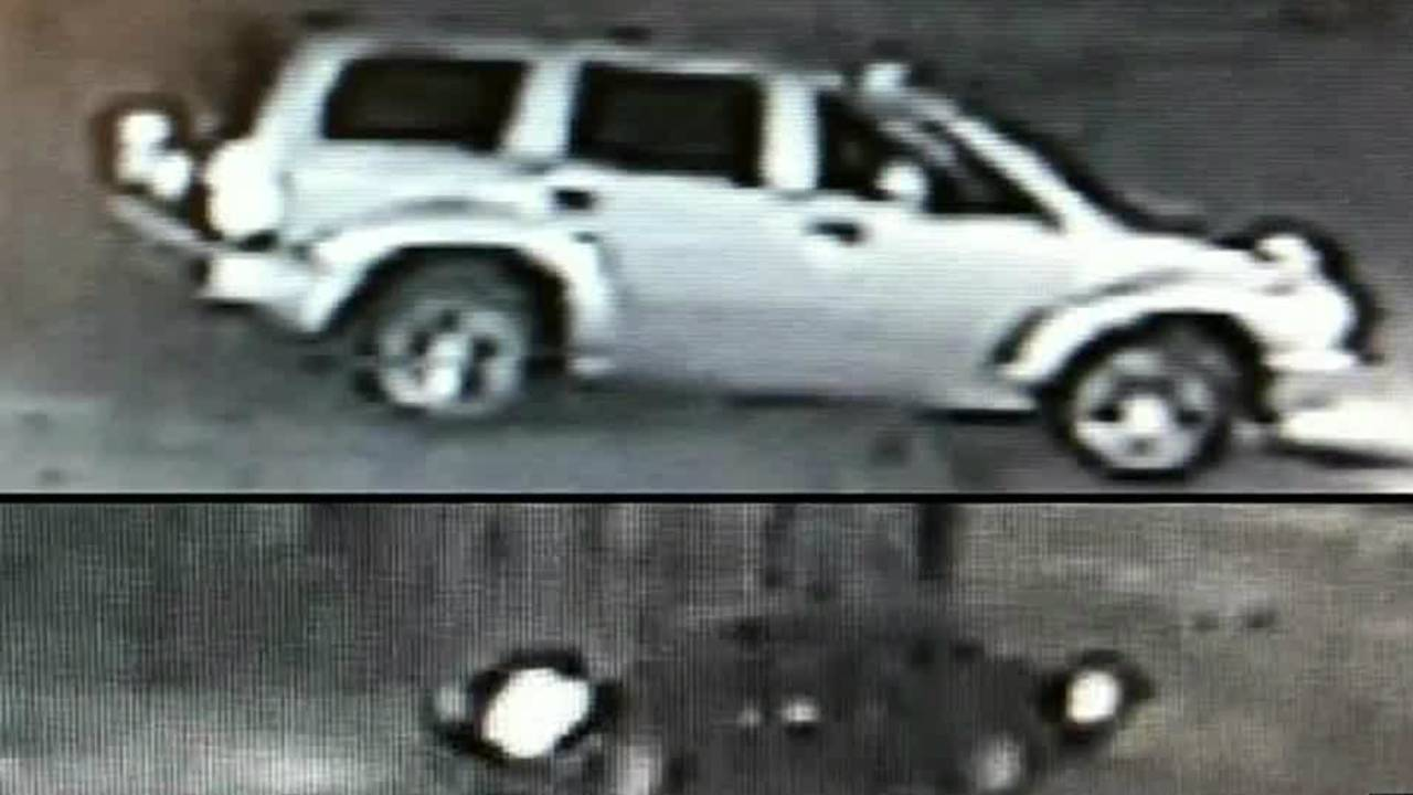 off-duty officer shooting east side vehicles_1496659864512.jpg