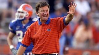 Steve Spurrier returns to coaching sidelines in Orlando