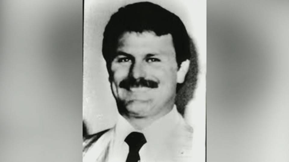 Detective Steven Bauer