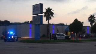 At least 2 injured after shooting at gentlemen's club, police say