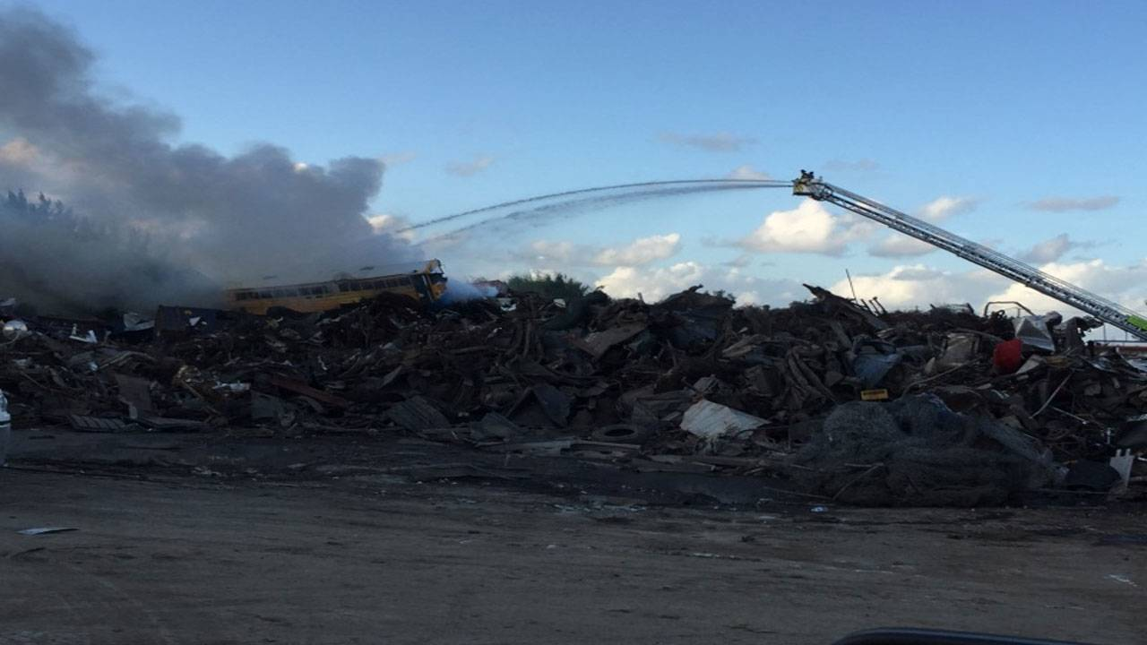 Opa Locka Junkyard >> Firefighters work for 2 hours to put out Opa-locka