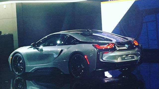 WATCH BMW Reveal At Detroit Auto Show - Bmw car show 2018