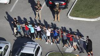 Deputies heard shots but didn't enter Stoneman Douglas, records show