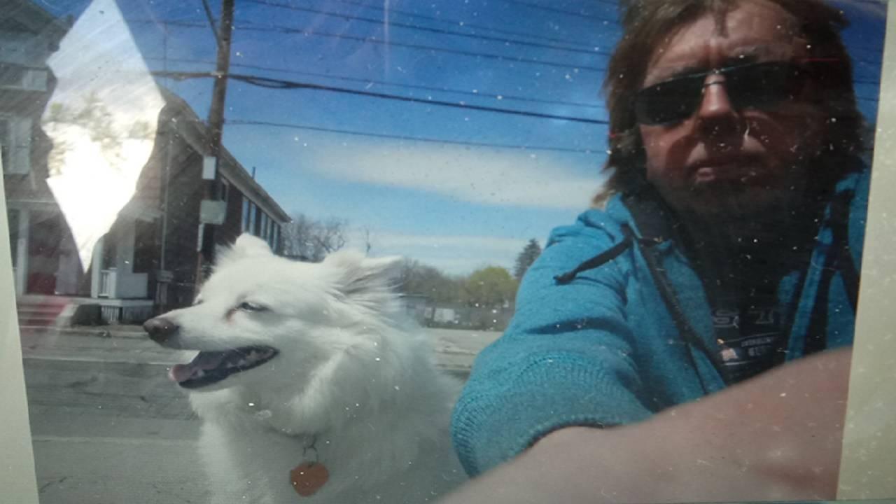 Nelson Patricio with dog