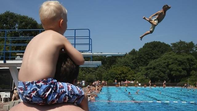 Splash into summer san antonio public pools open june 10 Public swimming pools san francisco