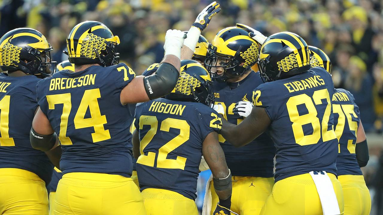 Michigan football celebrates Zach Gentry touchdown vs Penn State 2018