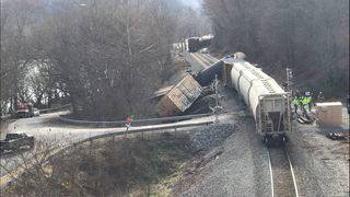 Soybean oil spills as train derails in Giles County