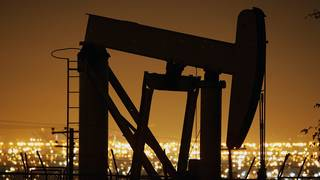 OPEC strikes deal to increase oil production