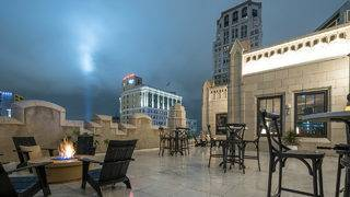 Monarch Club, Downtown Detroit's first skyscraper rooftop bar, opens Saturday