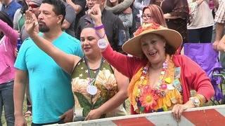 Thousands attend final day of Fiesta Oyster Bake