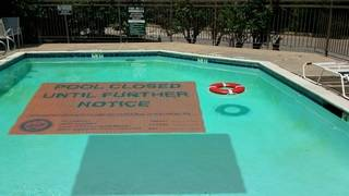 Who checks to make sure Houston pools are safe, clean?
