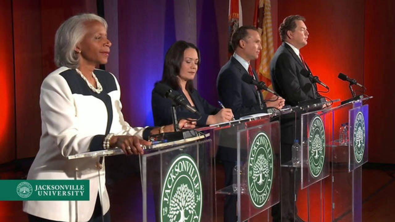 4 mayoral candidates at debate2