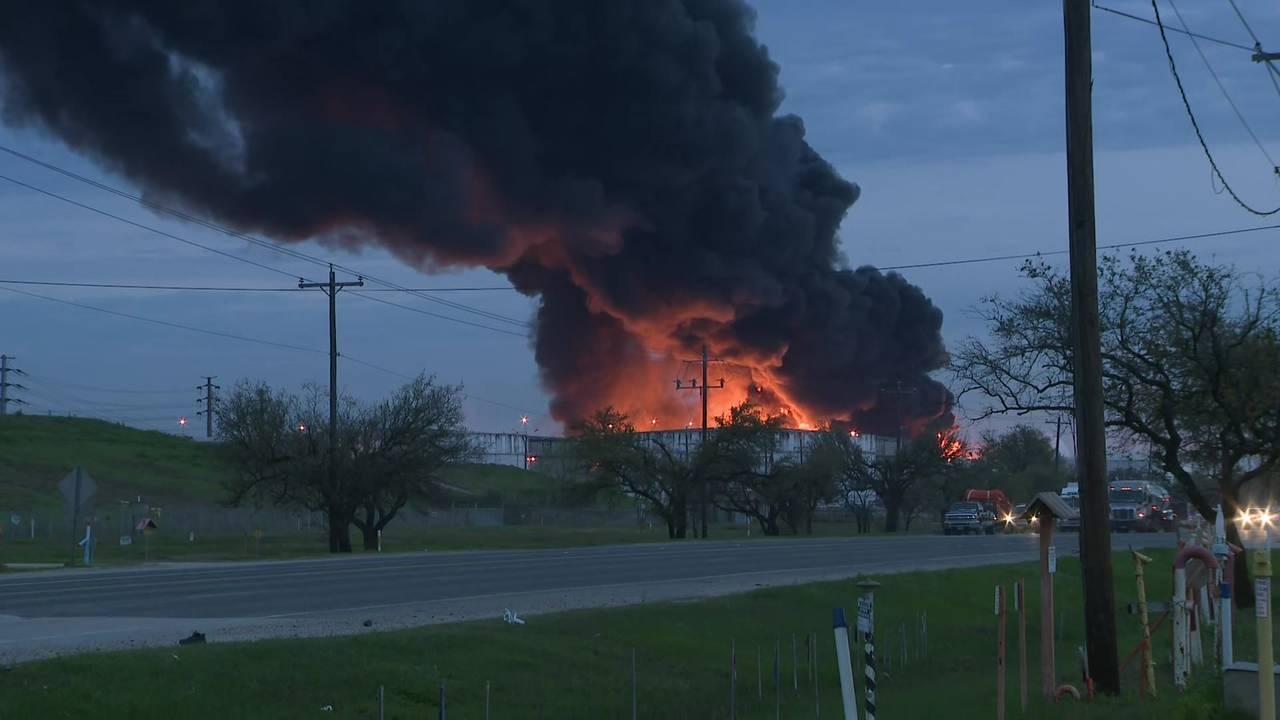 Deer Park fire 3-18-19 - Early AM photo