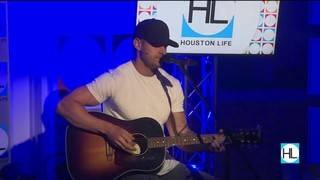 Country Singer Luke Pell Closes Out The Show