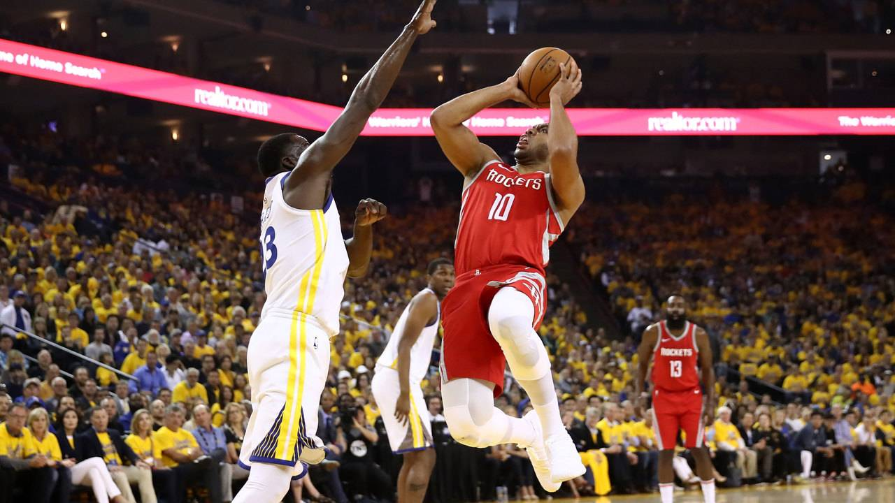 dc8eeb9c06b Rockets fall to Warriors 126-85 in Game 3 of conference finals
