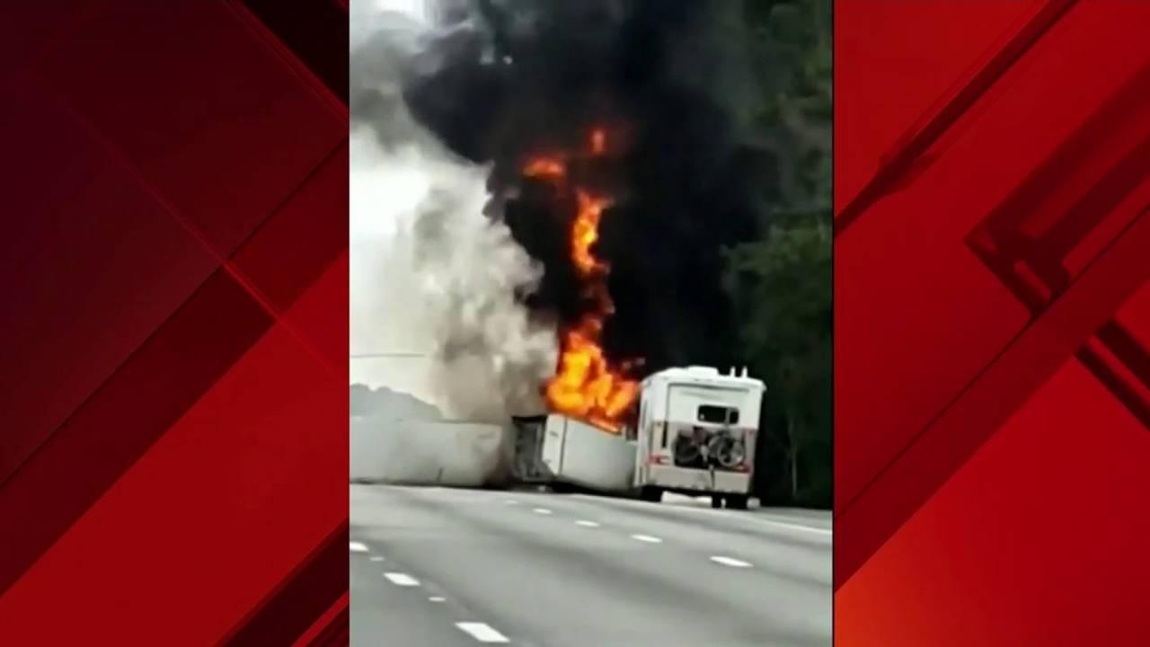 Fiery crash kills seven people on I-7520190104040833.jpg