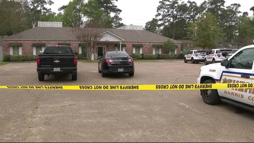 2 injured after armed employee opens fire on robbers at medical center, officials say