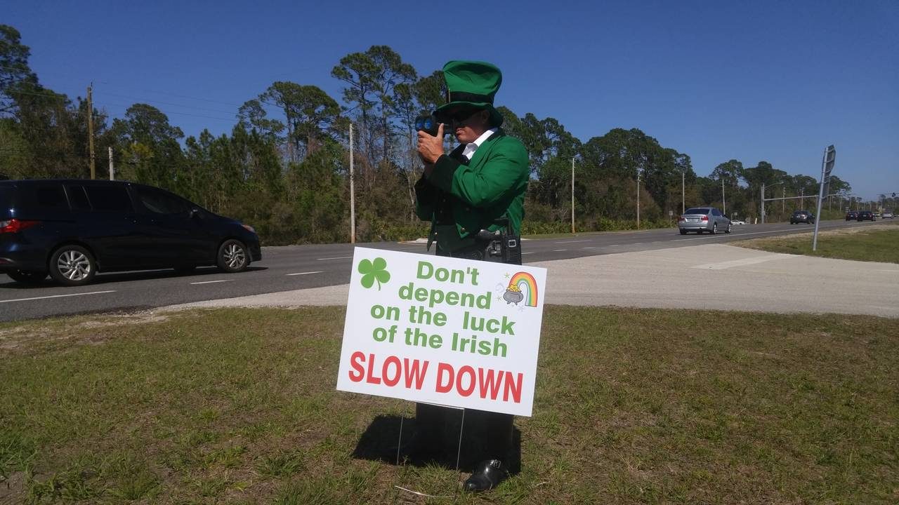 Leprechaun against speeding