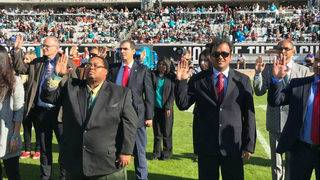 65 people became U.S. citizens at the Jaguars game