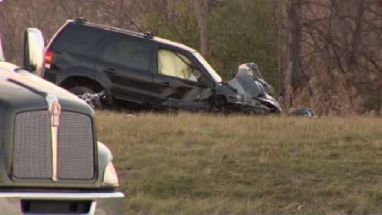 Escape in fatal crash on I94 Oakwood_36341298